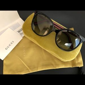Gucci 56mm Square-frame  Black Sunglasses